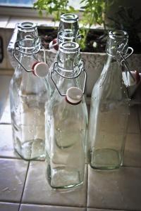 Swingline Glass bottles for diy vanilla