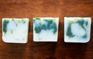 All natural shampoo bar