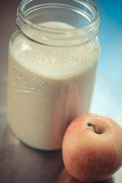 Apple Pie Breakfast Smoothie